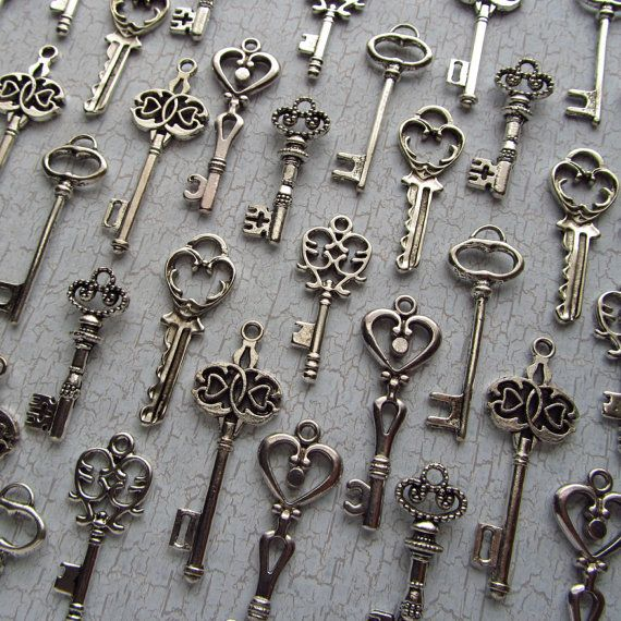 72 keys for 25$  How to use these as wedding favours/decorations?