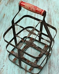 love this old bottle carrier ...