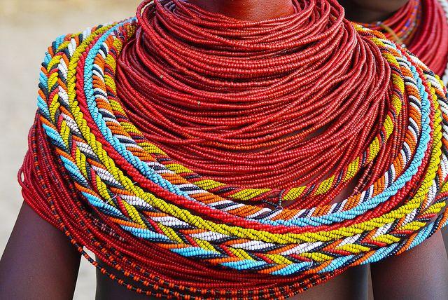 25 beste idee n over afrikaanse vrouwen op pinterest afrikaanse stammen cultuur en indiase - Hoe ze haar woonkamer te versieren ...