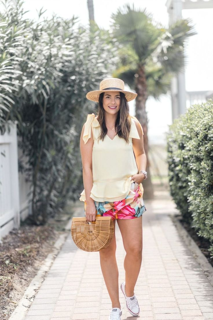 how to style printed shorts | Houston Fashion Blog, The Styled Fox