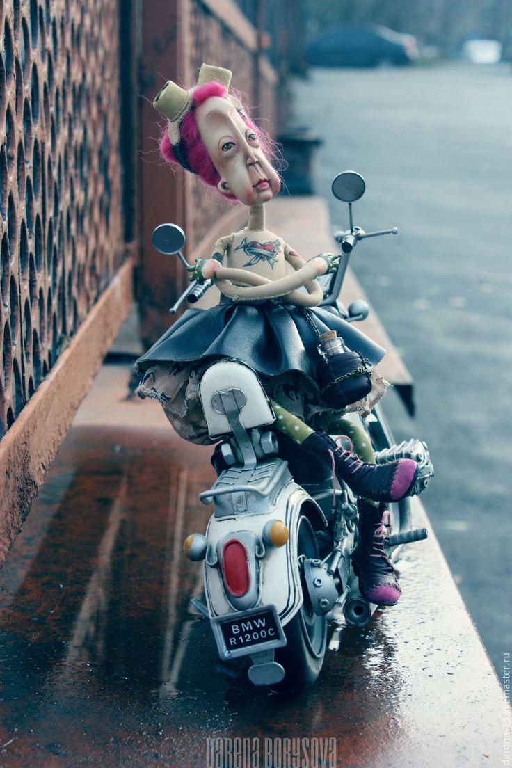 Купить Бабушка Беатриса - коричневый, байкер, подарок байкеру, бабушке, рокер, декор интерьера, для ребенка