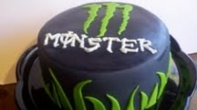 monster energy drink.. made this for my brother's b-day :)