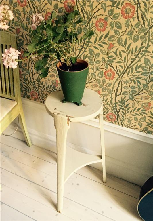 Gammalt shabby chic blombord på Tradera.com - Antika möbler |