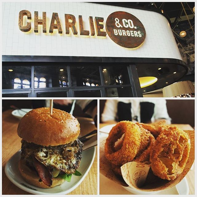 Maybe juicy beef burgers and giant onion rings can chase away the Monday blues… #charlieandco #melbourne #australia #instafood #instatravel #food #swag #wanderlust #travel #foodgasm #throwback #happy2016 #foodstagram #thebigexplorer