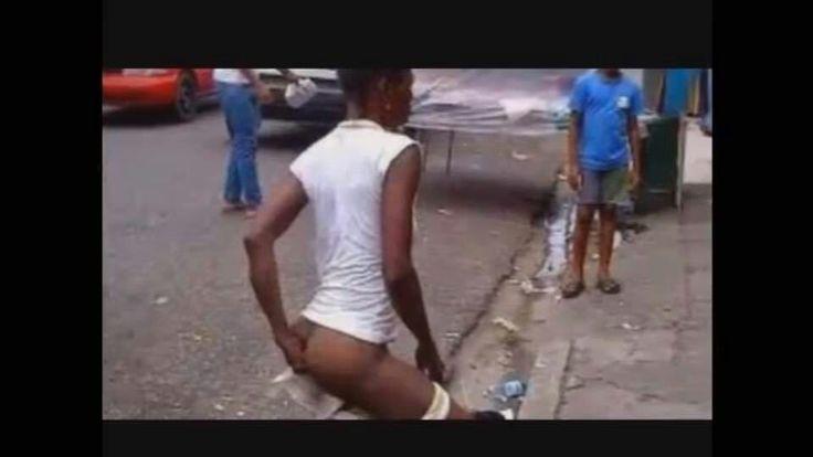 Haitiano en plena vía pública en la R.D.