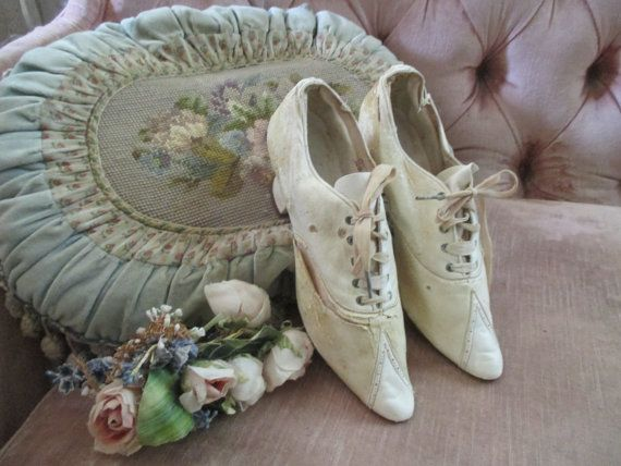 Antique Vintage Edwardian Shoes Ivory Leather by BellaBordello