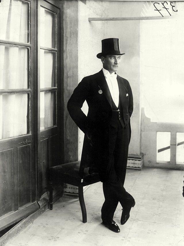 Mustafa Kemal Atatürk, 1923.