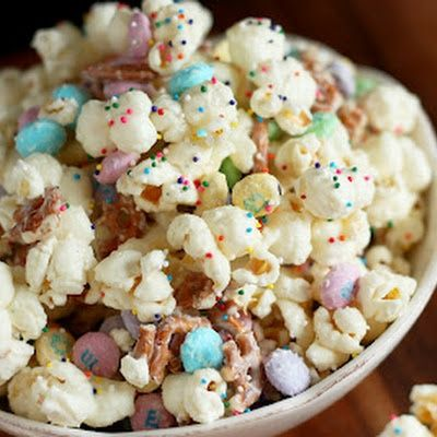 Bunny Bait! A fun and festive recipe your kids are sure to love!  http://fabulesslyfrugal.com/2013/03/bunny-bait-recipe.html