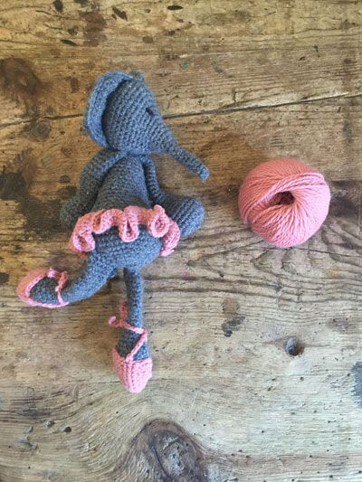 A FREE Edwards Menagerie ballerina costume consisting of tutu and pumps. This will fit all original Edwards Menagerie animals.  YOU WILL NEED: approx. 10g of DK yarn and a 3mm hook (our NEW brightly coloured TOFT DK yarns can be purchased in our yarns section)
