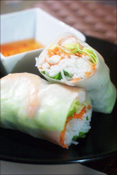 Rouleaux de printemps (vermicelle de riz, carottes râpées, crevettes)