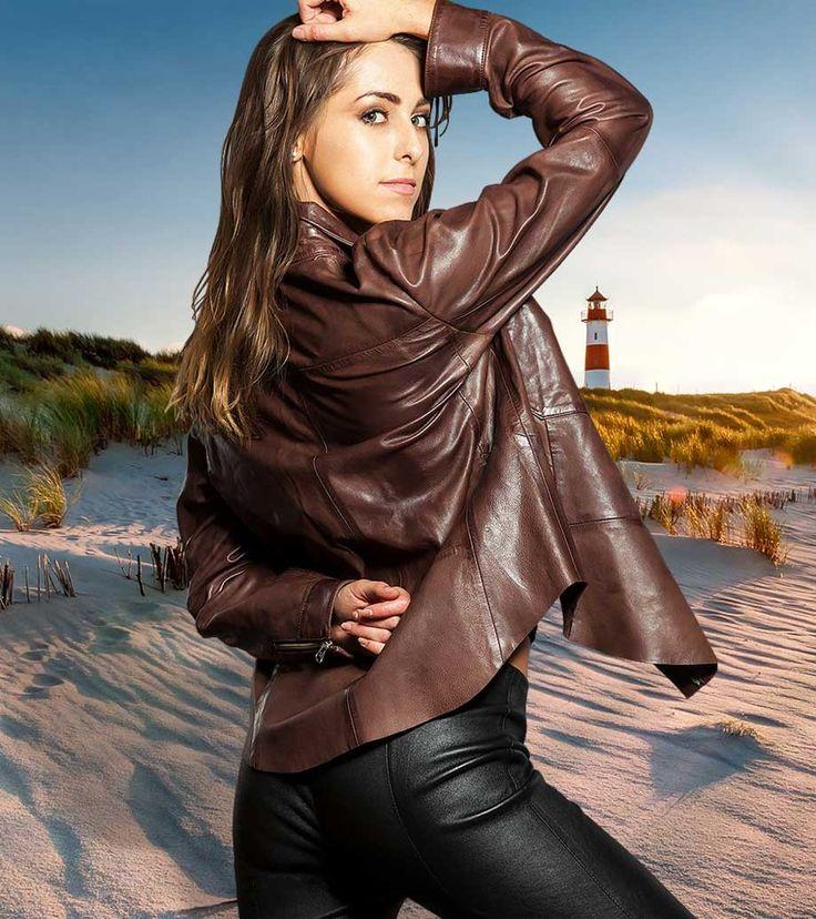 Dieses Lederhemd Panama von menage a 5 ist aus butterweichem braunen Lammnappa Leder gefertigt.