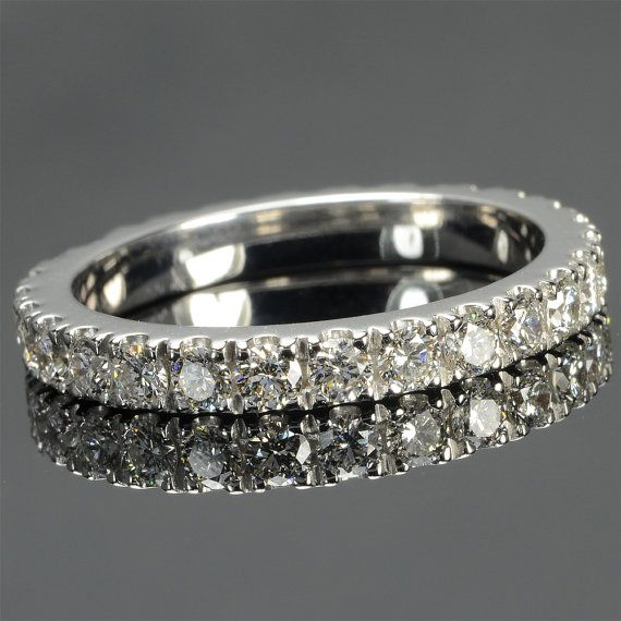 Ring in 18 kt white gold with natural brilliant-cut white diamonds of 1,21 ct. The #ring is available in yellow gold, rose gold but you can also customize carats, quality, and color of #gemstones. All our #jewelry are made in italy. Contact us for any particular request.