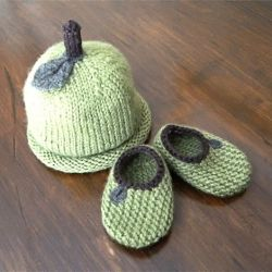 Handmade Apple Bootie and Hat set!  Will have to figure out a pattern!