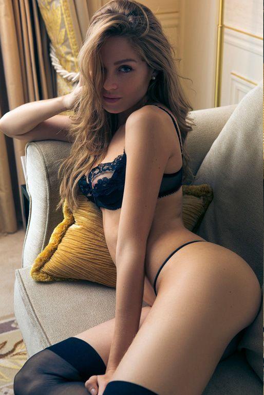 Rebecca romijn femme