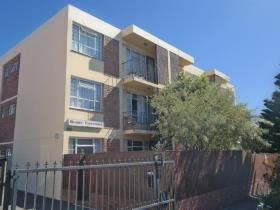2 Bedroom Apartment / flat for sale in Harfield Village - Cape Town