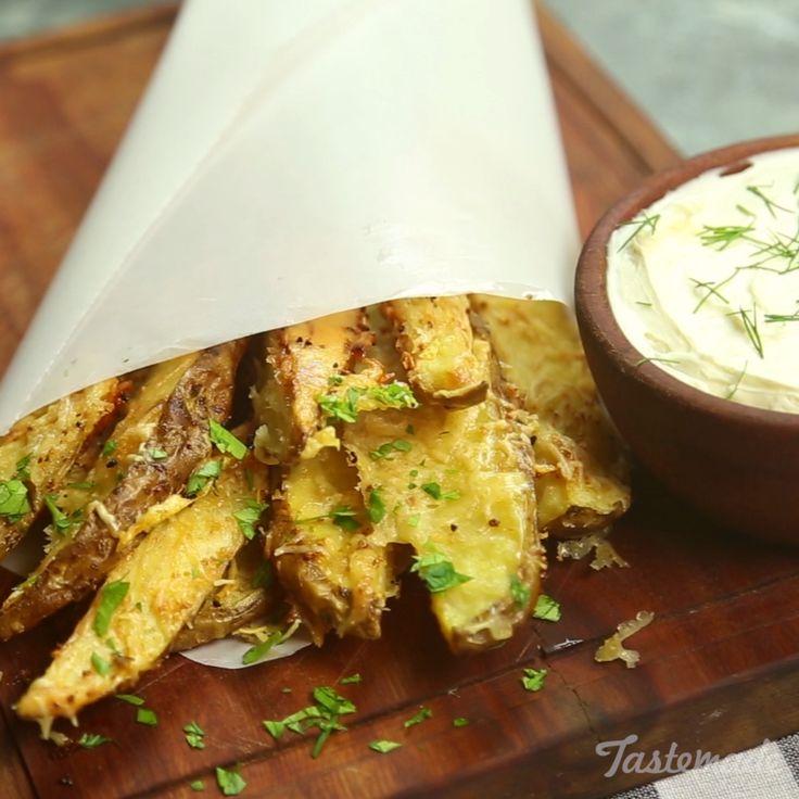 Garlic and Parmesan cheese make for a magical pairing.