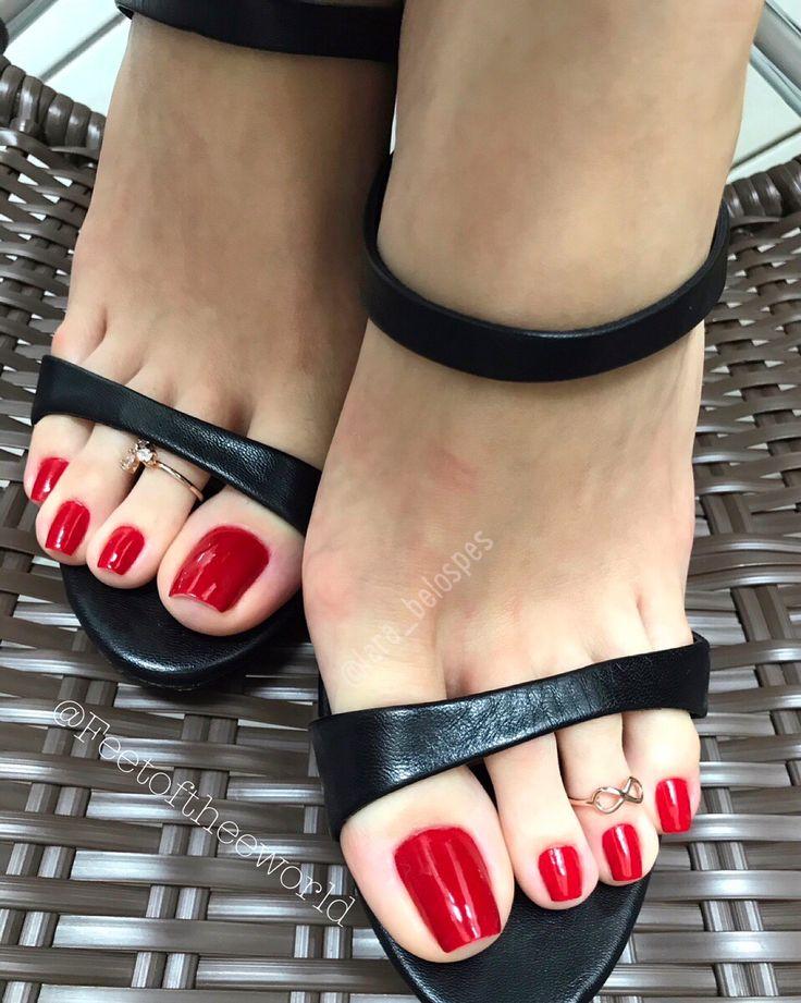 Black painted toenail fetish — pic 4
