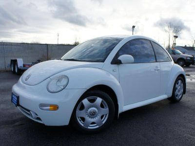 2001 Volkswagen New Beetle GLS http://www.iseecars.com/used-cars/used-volkswagen-new-beetle-for-sale
