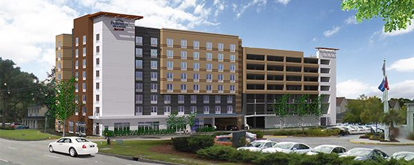 Discover the convenience of Midtown Savannah at the new Fairfield Inn & Suites Savannah Midtown. Guests staying at this Savannah hotel will experience the best of both Midtown and Downtown Savannah.