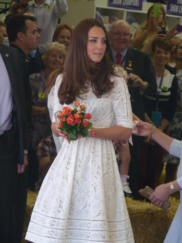 missmiddleton:  Cambridge Royal Tour-Day 10, Royal Easter Show, Sydney, Australia, April 18, 2014-The Duchess received a bouquet