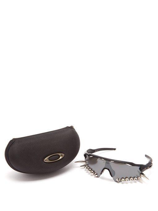 325add9a8430 Vetements X Oakley Spikes 400 sunglasses   Oakley Radar Ev ...