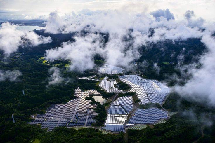 Японские солнечные панели: вид сверху http://kleinburd.ru/news/yaponskie-solnechnye-paneli-vid-sverxu/