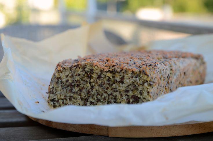 Bezglutenowy chleb z ziaren i soczewicy