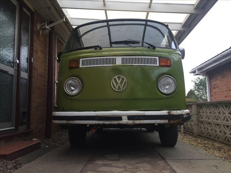 Type 2 T2 VW bay window campervan