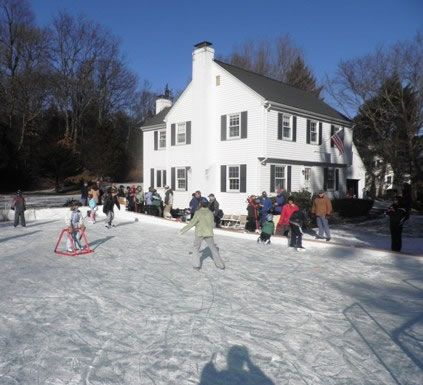 Ice Rink Tarps   Backyard Ice Rink Liners 3.5oz (7 8Mil)