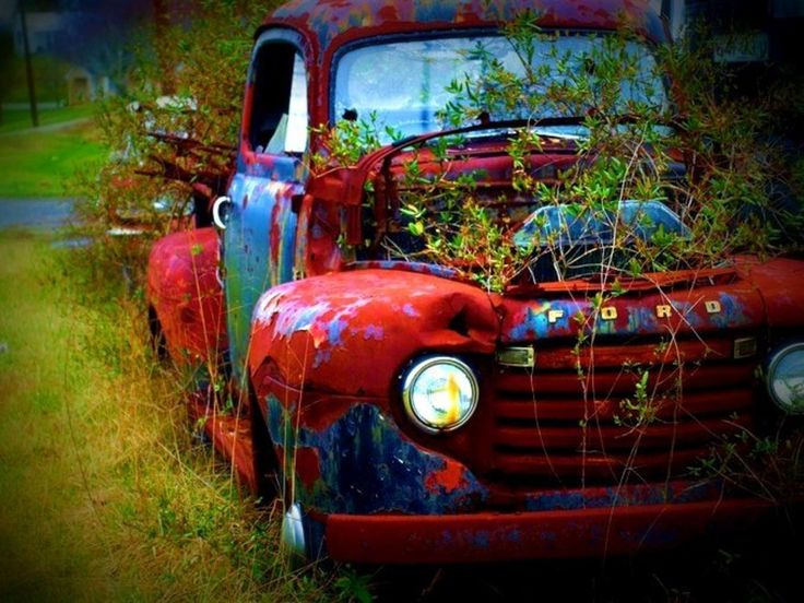 I'm not usually a truck kinda girl, but this one I like. :)
