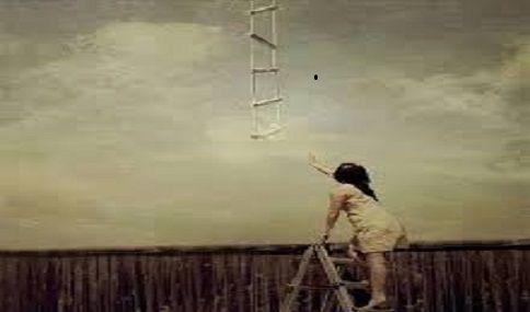 Sentes-te encurralado, aprisionado e limitado às tuas circunstâncias do momento? Sejam quais forem as circunstâncias em que te encontres, lembra-te que elas representam apenas o momento presente, e só condicionam o teu futuro se o deixares.  http://angelasilvestre.com/e/blog-vives-encurralado-pelas-circunstancias