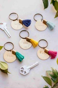 porte clé en corde et pompoms pour déco créative