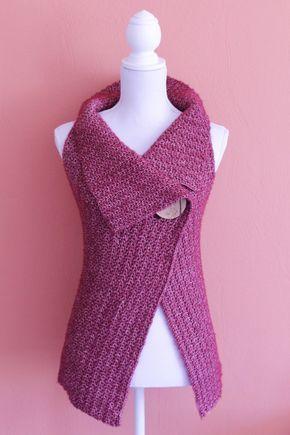 Peek-a-Boo Wrap free crochet pattern size S-XL on missneriss.com