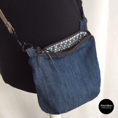 AlleinMein... LIEBLINGSDINGE...: [ sewing ] Kleine Jeanstasche Upcycling