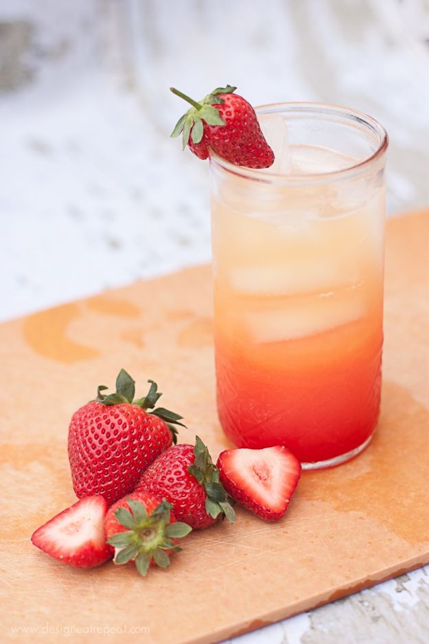 Orange Berry Sunrise Spritzers ~ 4 cups of Orange Juice (I prefer Simply Orange, no pulp), 4 cups of Lemon Lime Soda, Grenadine, Strawberries (If you're going for presentation!)