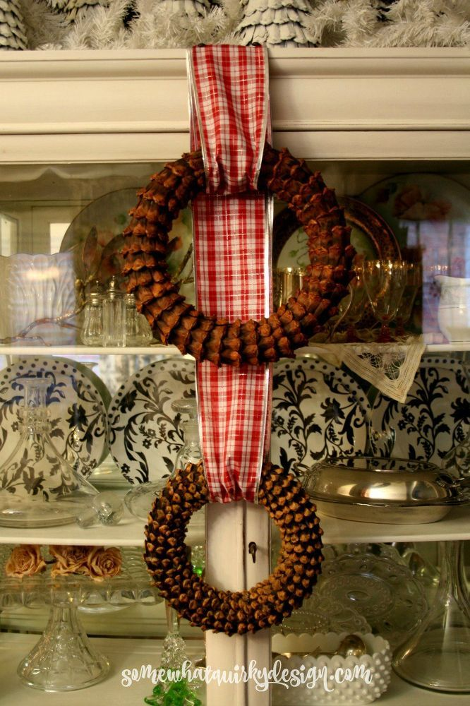 How to Make a Pine Cone Bract Wreath.