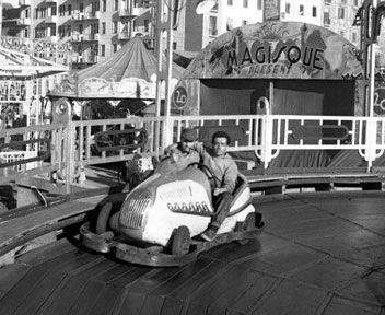 FOTO 8 - Le giostre antiche nella Milano degli anni '50 - Italia - Il Sole 24 ORE