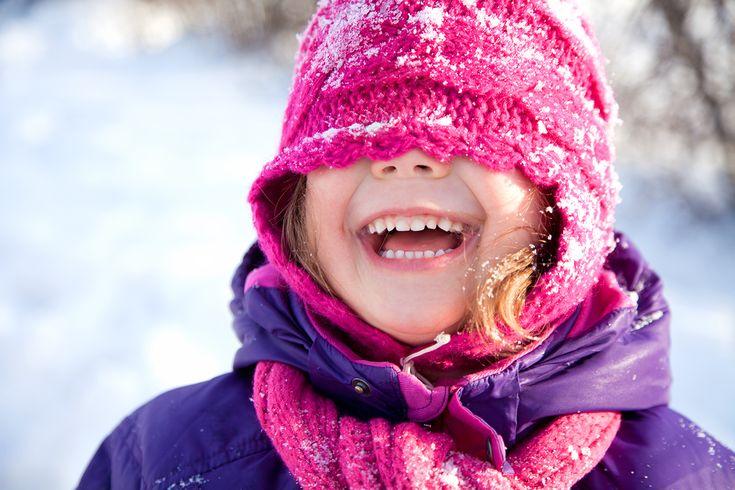 fillette dans la neige