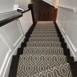 Geometric Stair Runner, Transitional, entrance/foyer, Michelle Winick Design