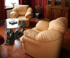 How to clean leather furniture.