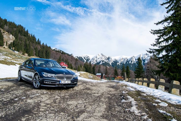 BMW 7 Series Named Professional Driver Car of the Year - http://www.bmwblog.com/2016/11/25/bmw-7-series-named-professional-driver-car-of-the-year/
