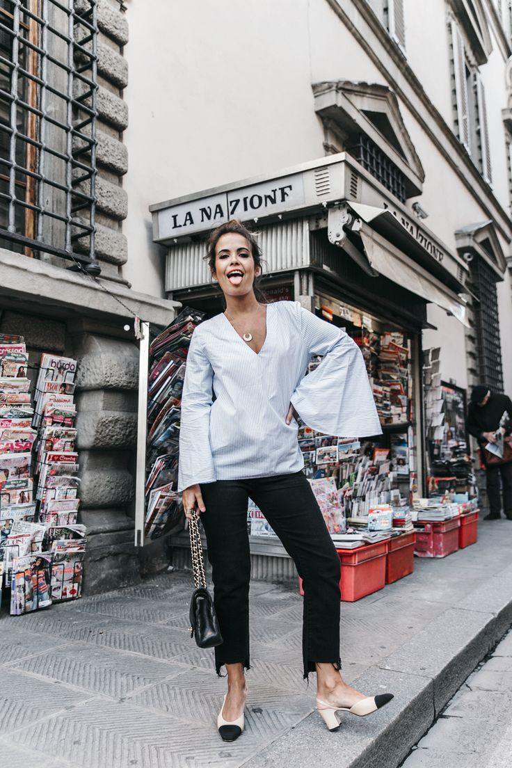 Florence-Collage_On_The_Road-Black_Jeans-Chanel_Slingback_Shoes-Blue_Shirt-Uterque-Topknot-Outfit-59