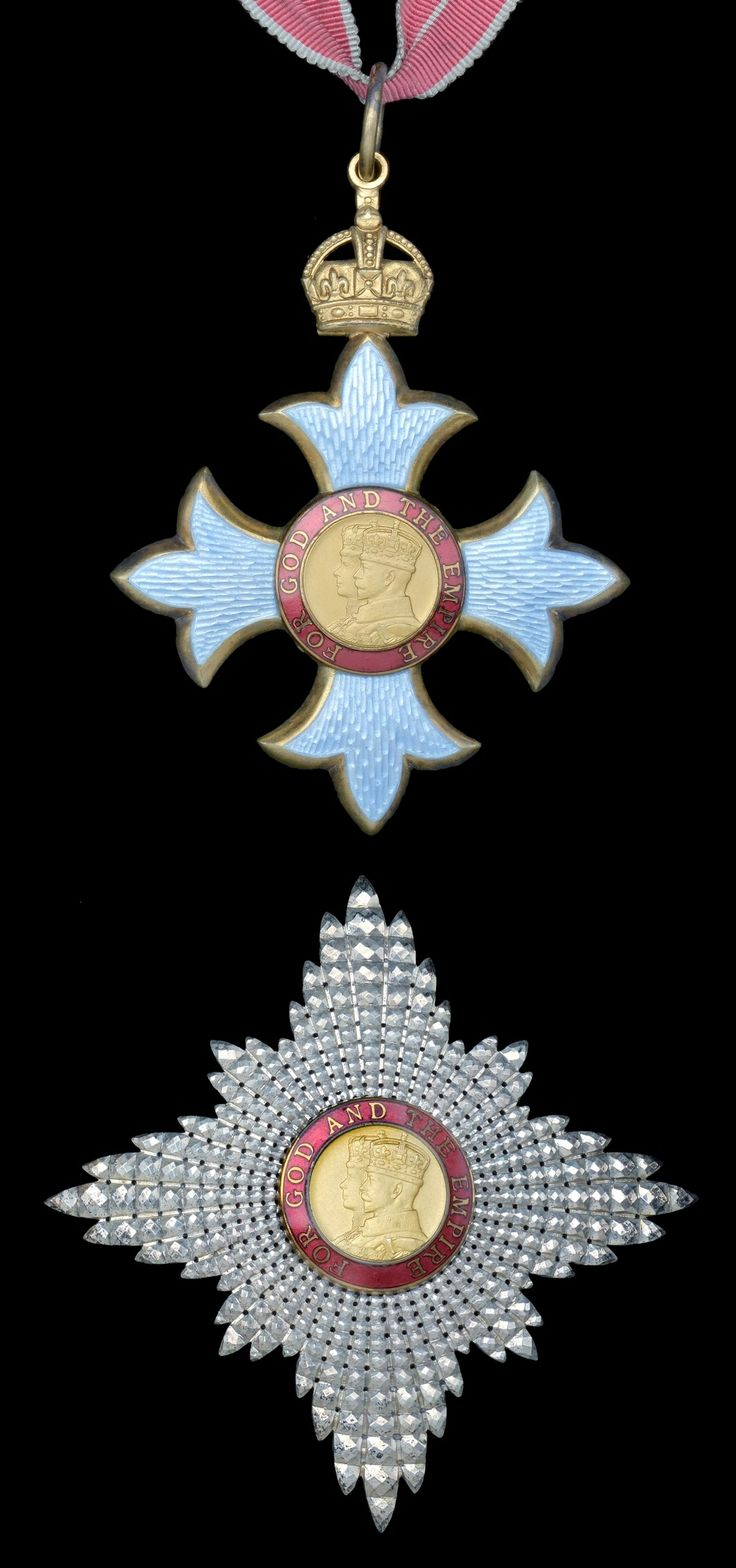 Badges, Knight and Military on Pinterest