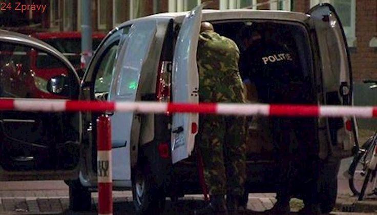 Nizozemská policie po odhalení dodávky s plynovými bombami zatkla druhého muže