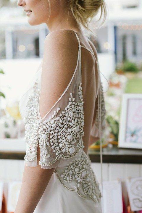 33 Wedding Dress Details To Swoon Over | HappyWedd.com