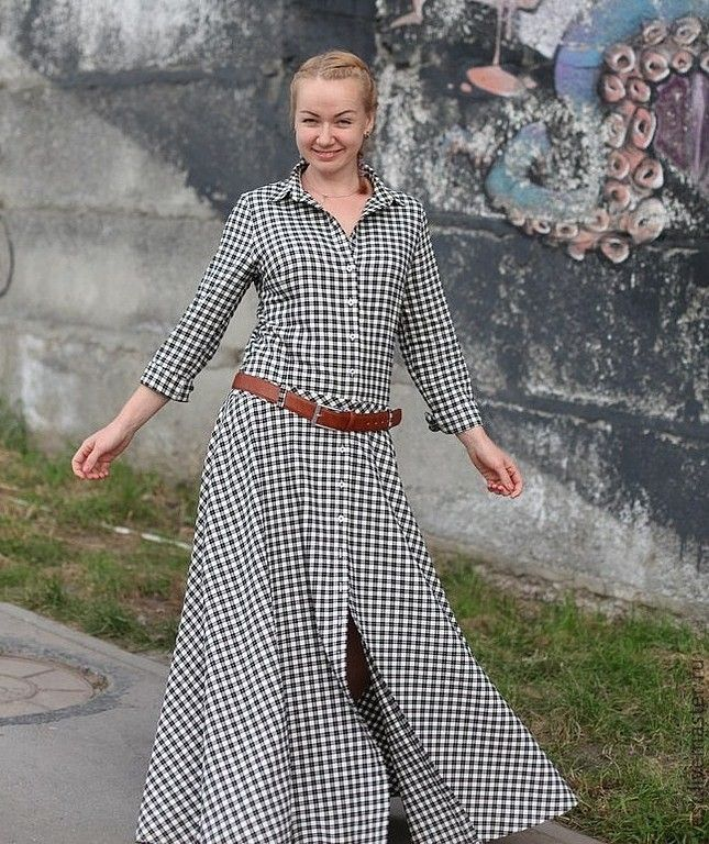 Купить или заказать Платье-рубашка в клетку'Свобода!' в интернет-магазине на Ярмарке Мастеров. Шикарное платье для прохладной погоды,сшито на заказ,из Итальянской ткани,не стесняет движений,в боковых швах глубокие карманы.На бедре фиксируется поясом(в комплект не входит)Застёжка на пуговки от мужской рубашки.Платье хорошо будет смотреться в комплекте с мужскими ботиночками. В этом платье Вы не останетесь без внимания! Пересылка бесплатно только для жителей России. Приём заказов на эту…