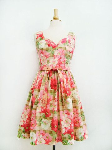 Meadow dress- oh la la!