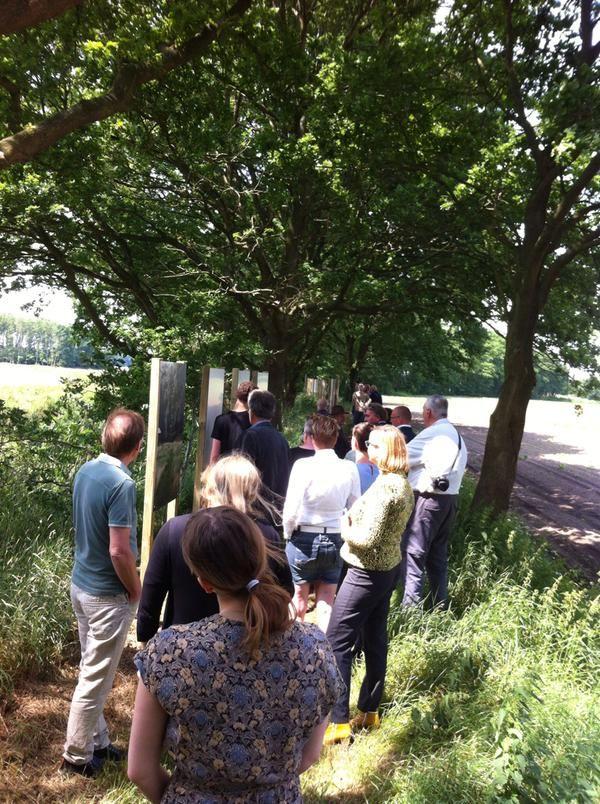 Buitenexpositie #Westerwolde geopend aan Karel Schenkpad in Wedde met @vlagtwedde. Deze hele zomer te zien.