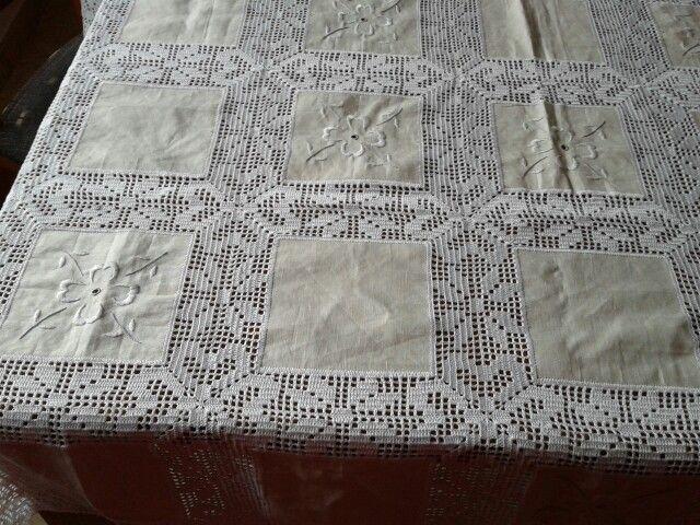 Gloria blay mas mantel lino ganchillo y cuadros lino con - Manteles de lino ...