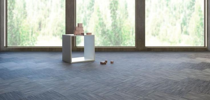 Šedá mozaika z tkaného vinylu Fitnice, podlahy BOCA. / Gray mosaic from Fitnice woven vinyl, BOCA floors.